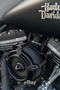 Harley Davidson Dyna Street Bob 23