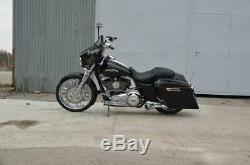 Harley-Davidson FLHX Street Glide 21 Arlenn Ness Bagger Chrome Stretched bags