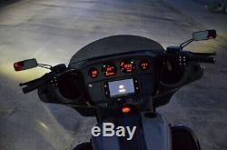 Harley-Davidson FLHXSE CVO Street Glide 2017 Umbau Bagger 23 Air Ride Gunship