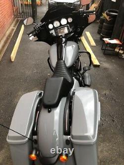 Harley Davidson Street Glide FLHXS. Custom paint job. Low Miles